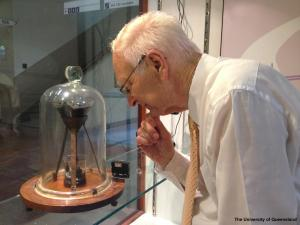 Professor John Maidstone and his nemesis, courtesy of UQP, http://smp.uq.edu.au/content/pitch-drop-experiment